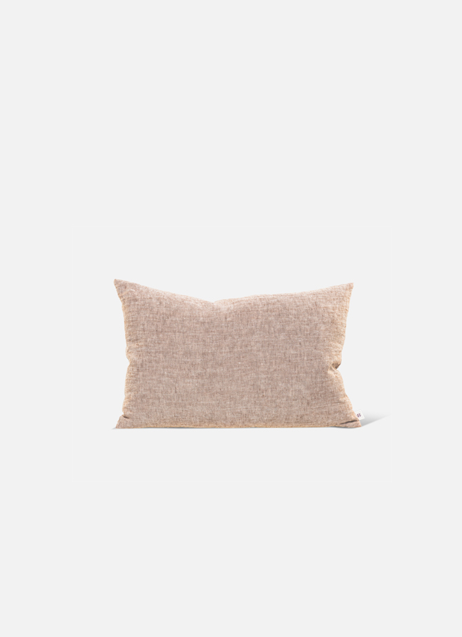 By Mölle – Linen cushion – pink salt – 40x60cm