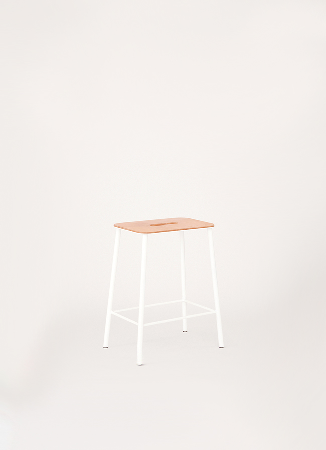 Adam Stool – H500 White – Natural Leather Seat