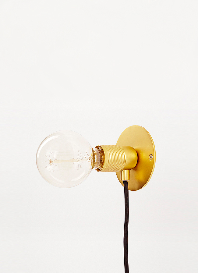 Frama – E27 Wall Light – Brass