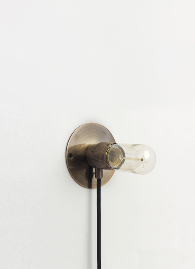Frama – E27 Wall Light – Copper