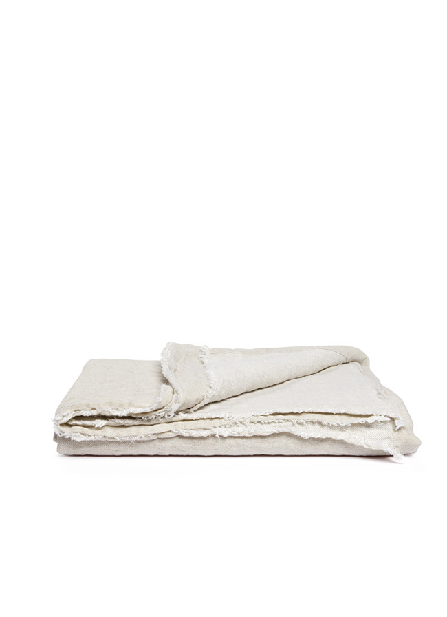 volta_moelle_linen_throw_almond_2