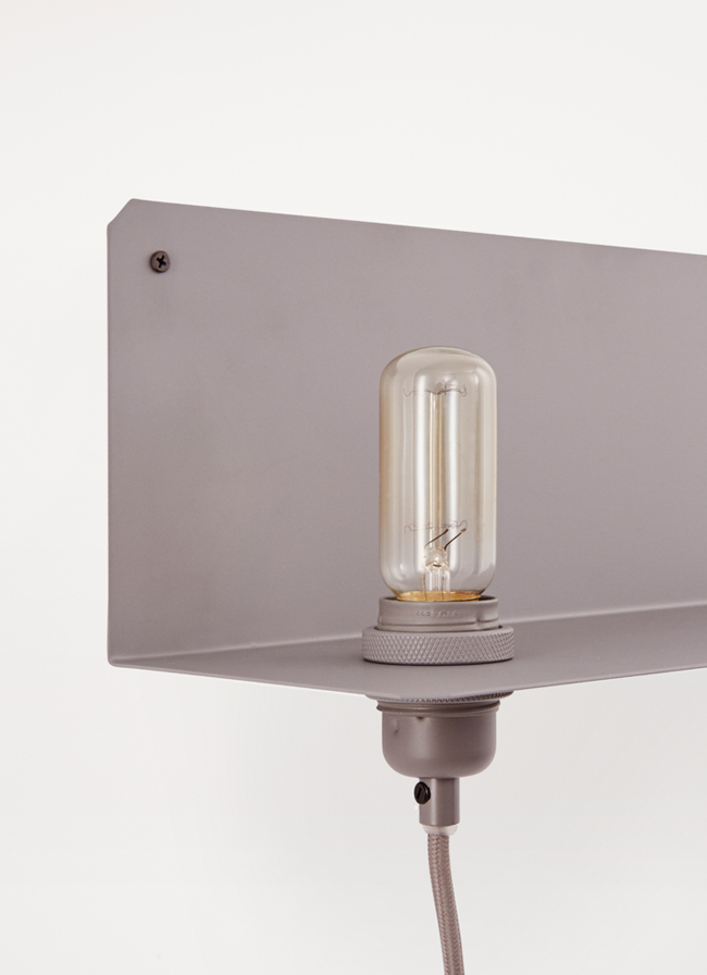 volta_frama_limited_90_lamp_grey_angle