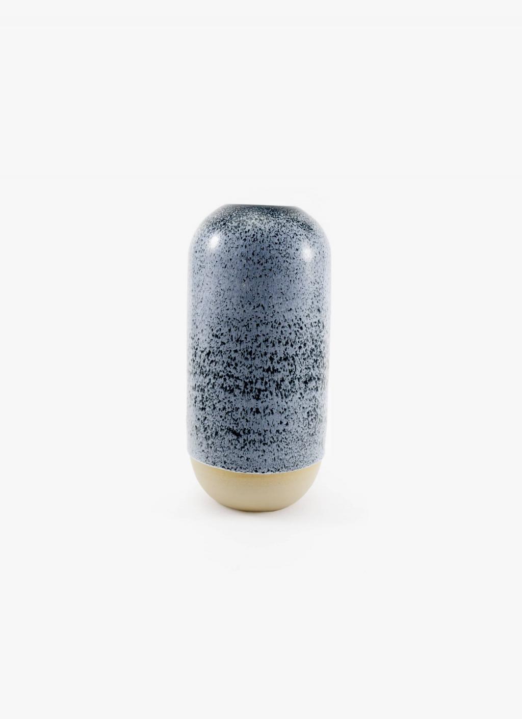 Studio Arhoj - Yuki Vase Speckled Black