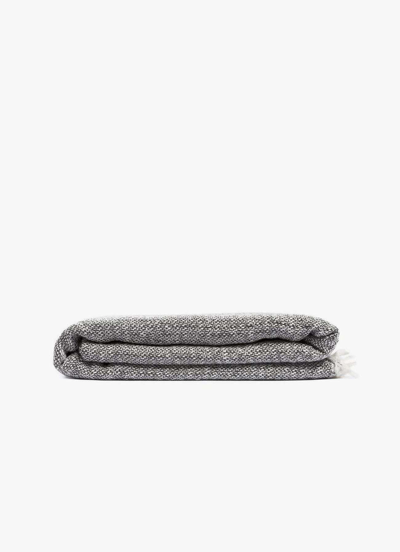 By Mölle - Merino Wool Wrap - Graphite - off white - 140 x 180cm