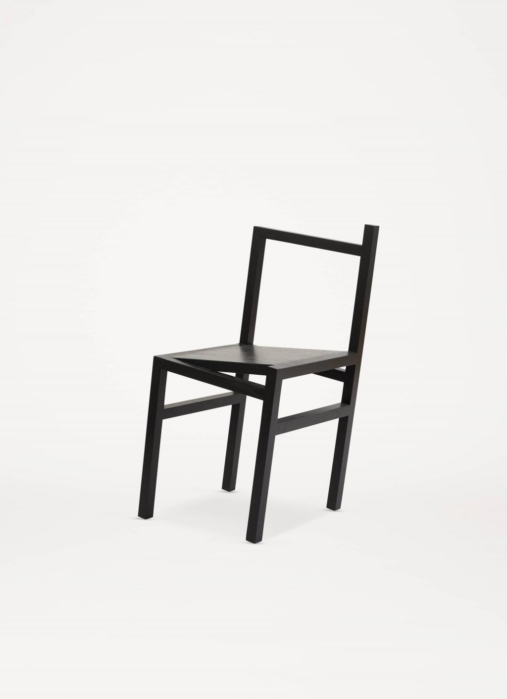volta_frama_9-5_chair_black