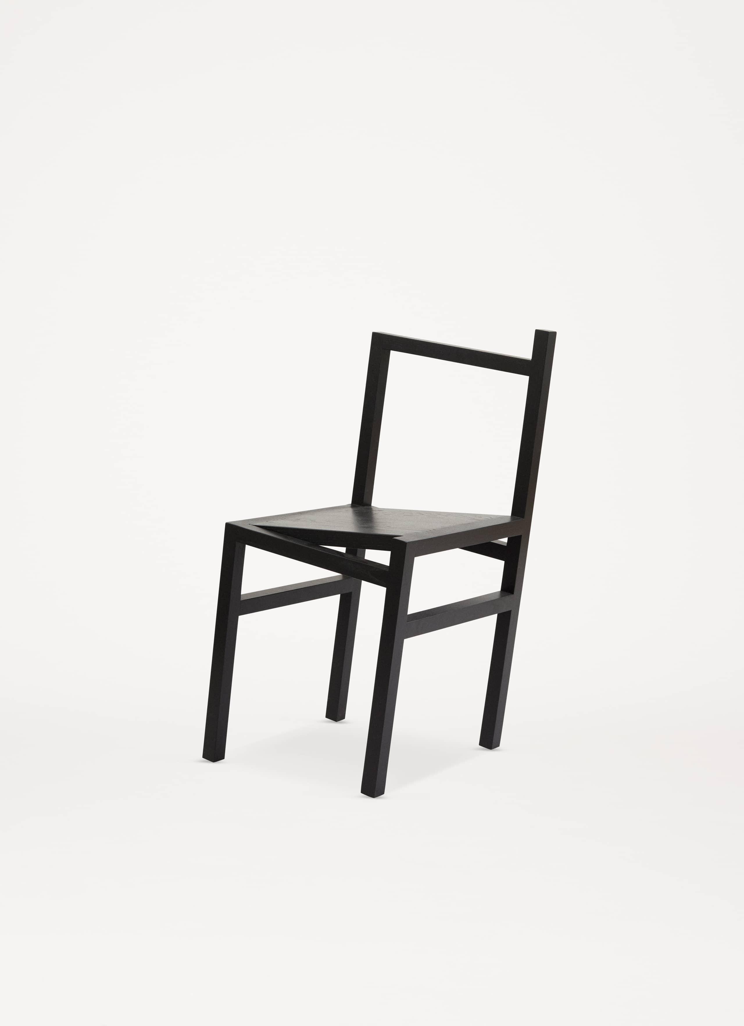 volta_frama_9-5_chair_black