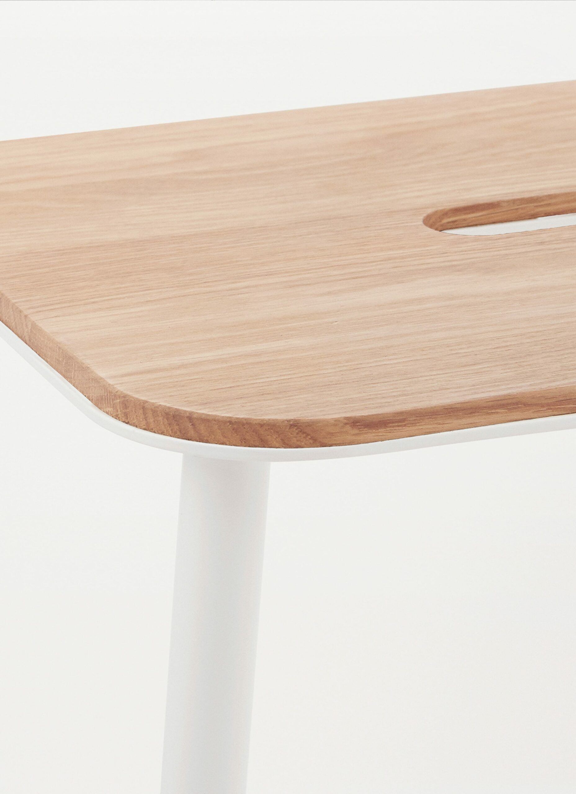 Adam Stool – H650 White - Oak Seat