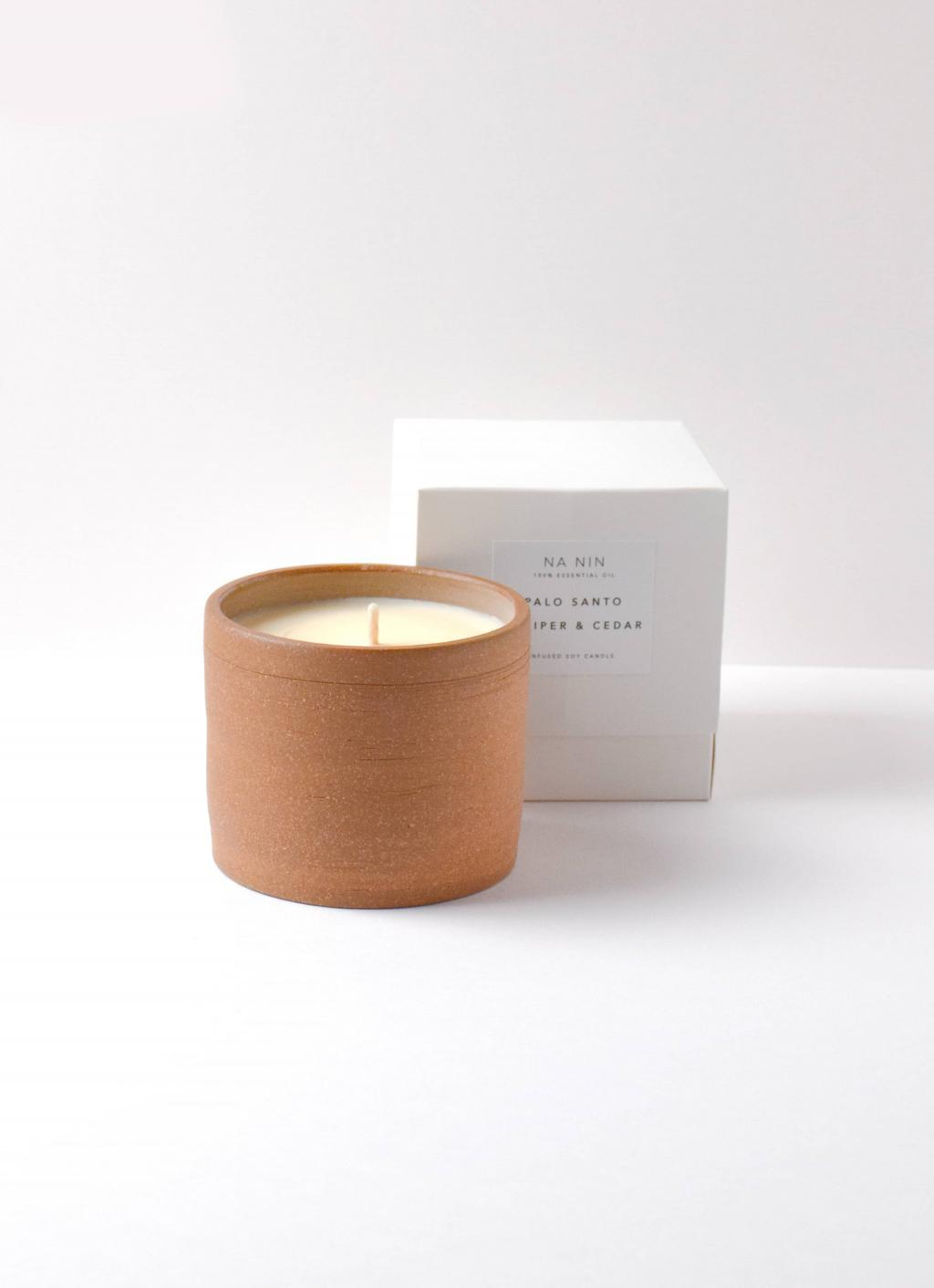 Na Nin - Terracotta Soy Wax Candle - Palo Santo - Juniper Berry - Cedarwood