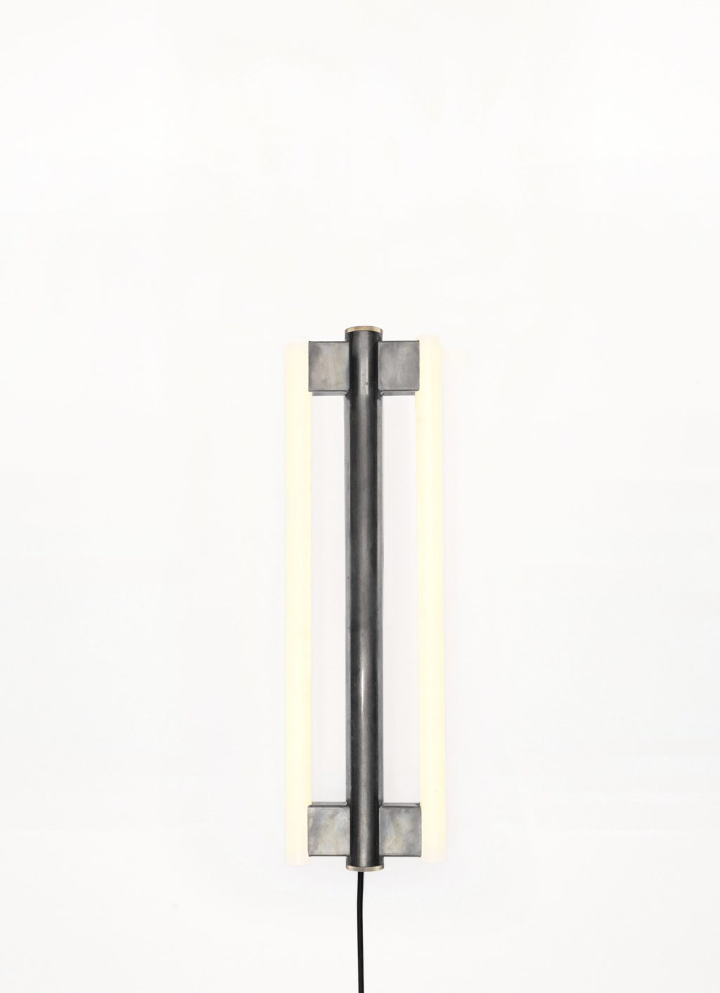 Frama - Eiffel Lamp - 500 Wall