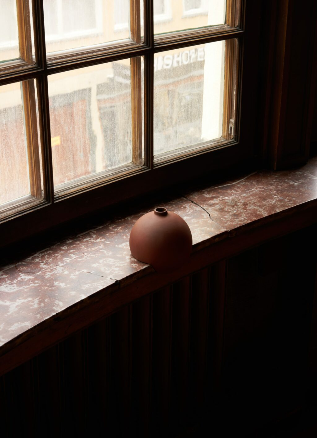 A part - Tumble - Ceramic vase - Terracotta