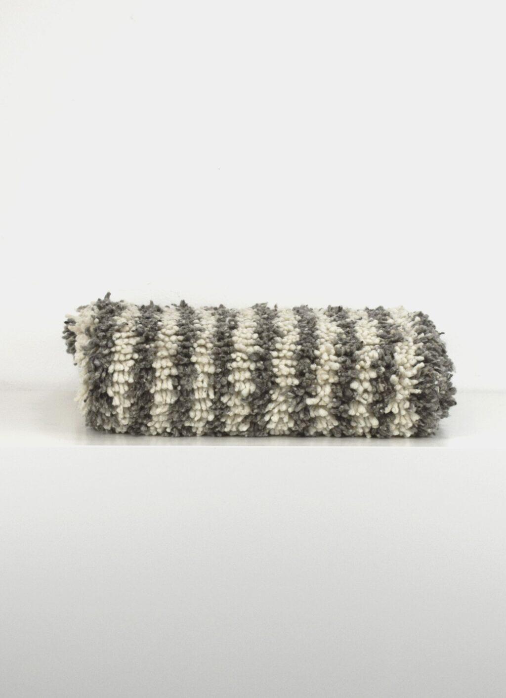 Que onda vos - Handwoven rug - Peluche II - 85x140cm