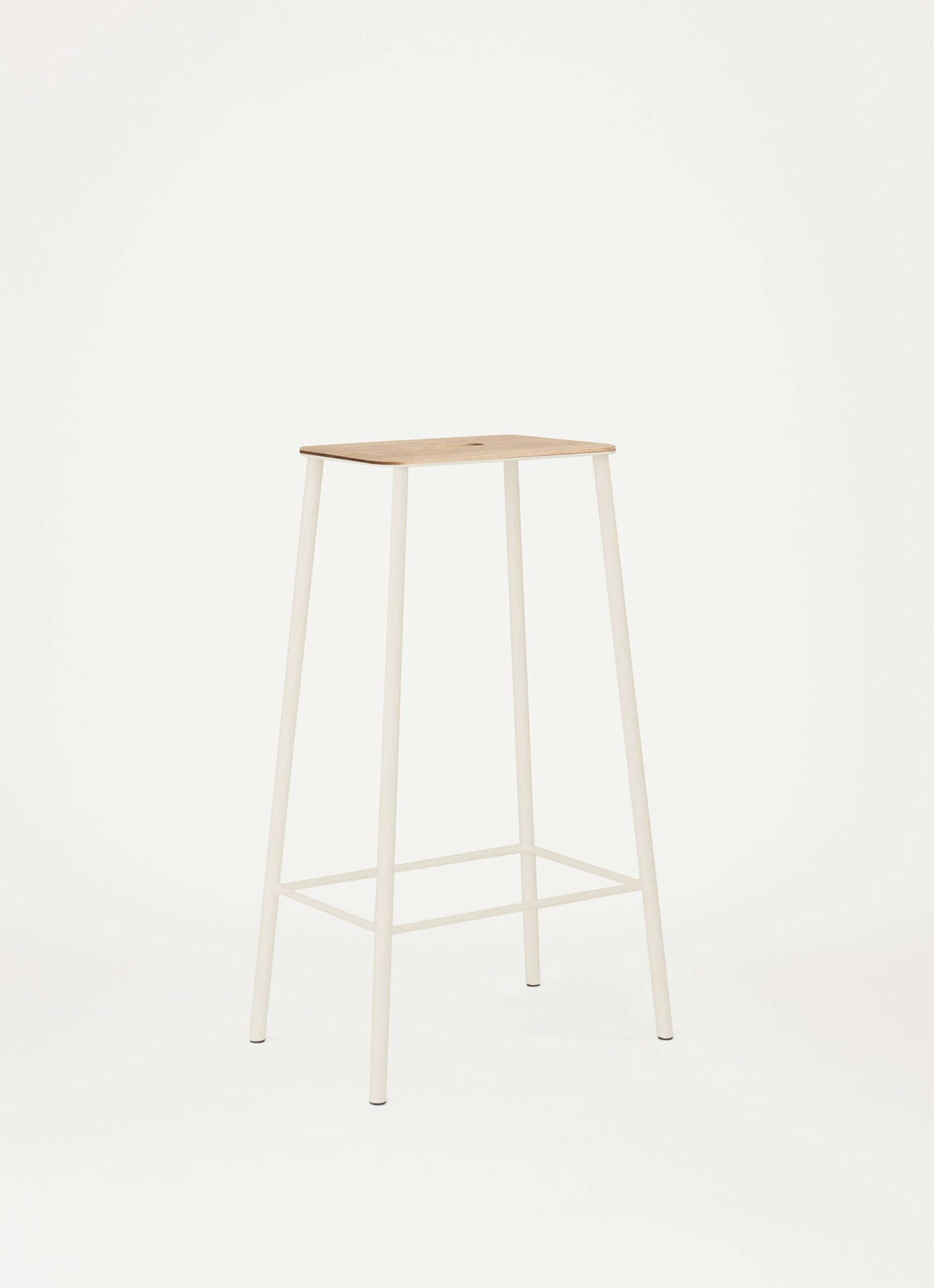 Adam Stool - H76 - Sand - Oak Seat