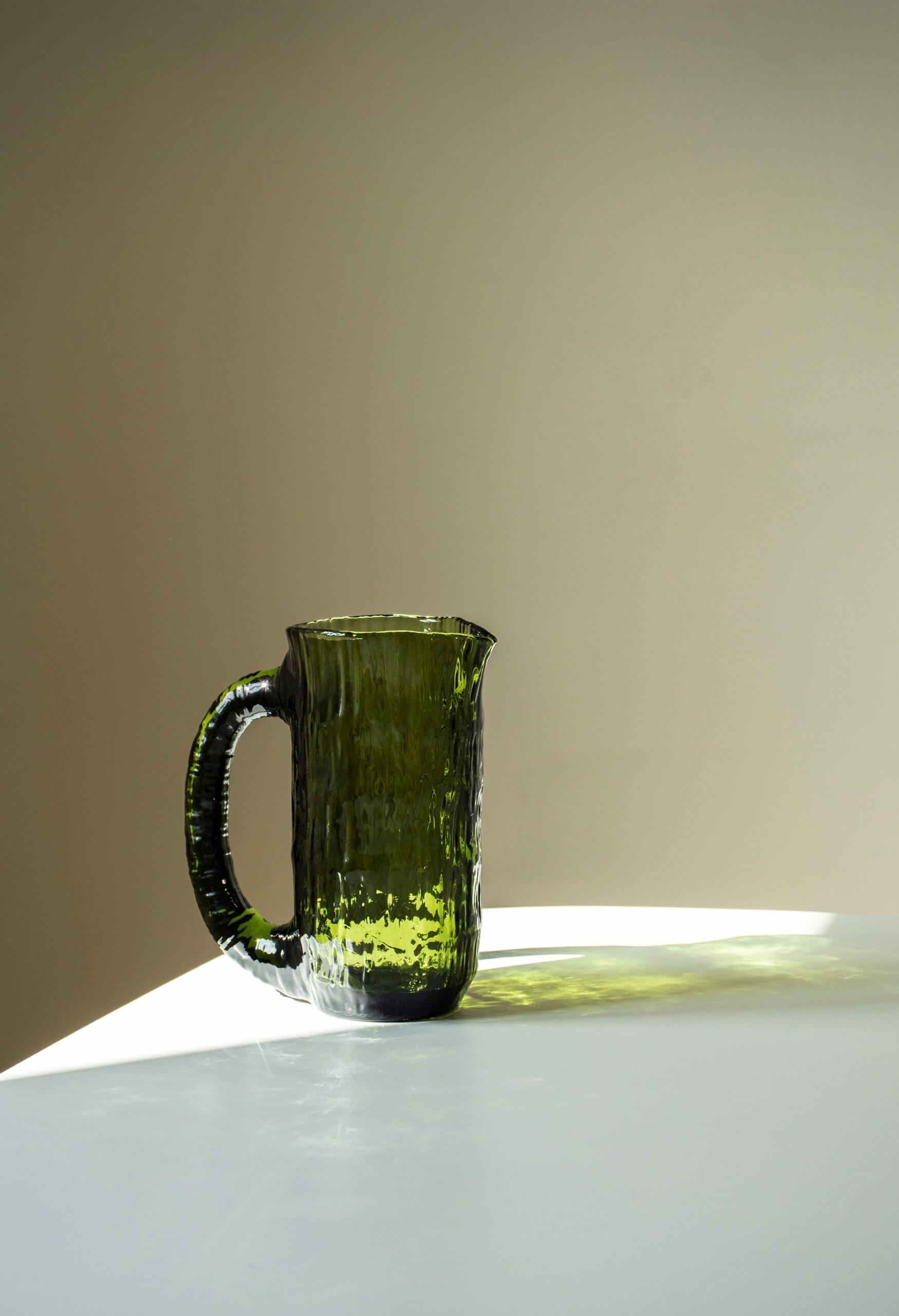 Nedre Foss - Vannfall - Water jug in mold-blown glass - Bottle Green