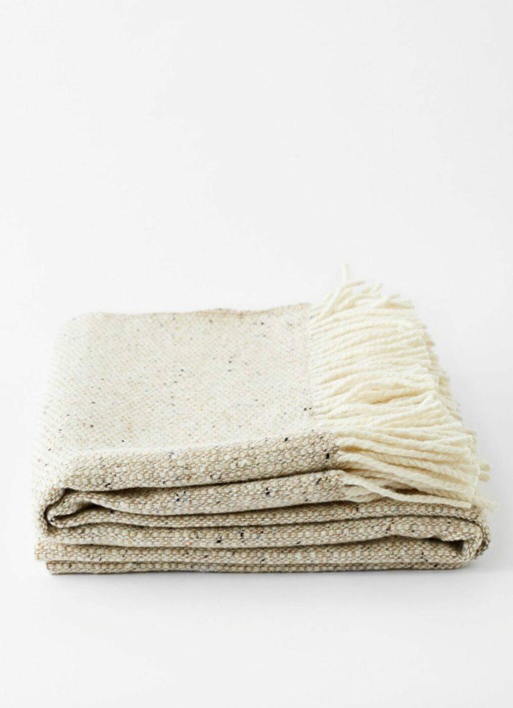 Mourne Textiles - Tweed Emphasize - Merino Blanket - Oatmeal