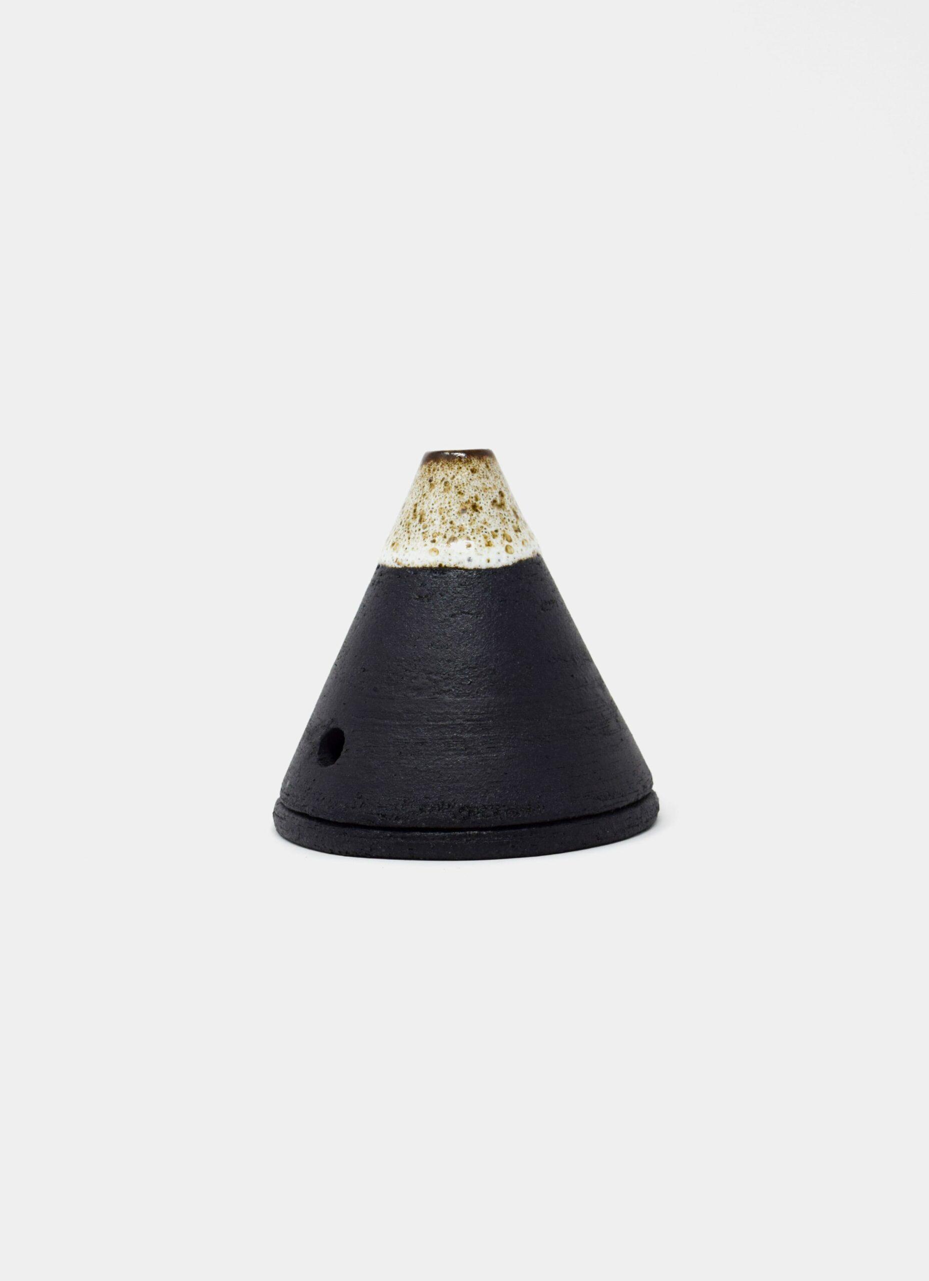 Studio Arhoj - Smoke Mountain - Yokull - Incense holder and burner