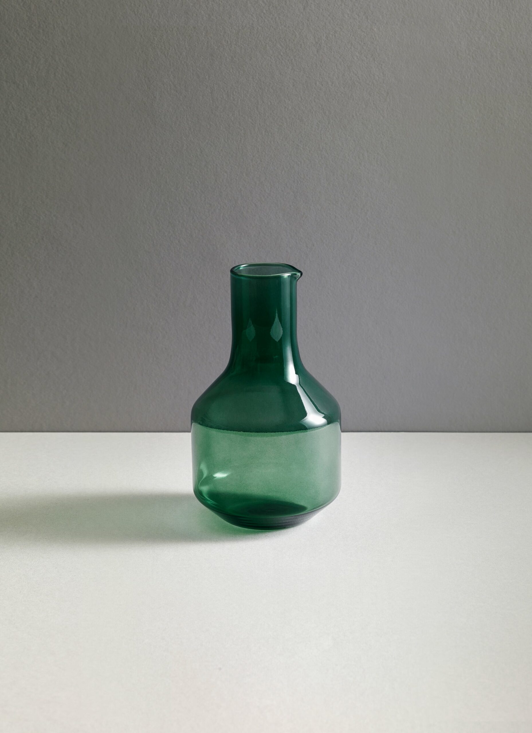 Research and Design Lab - Velasca - Mouth blown glass - Carafe - 1L - Slate Green