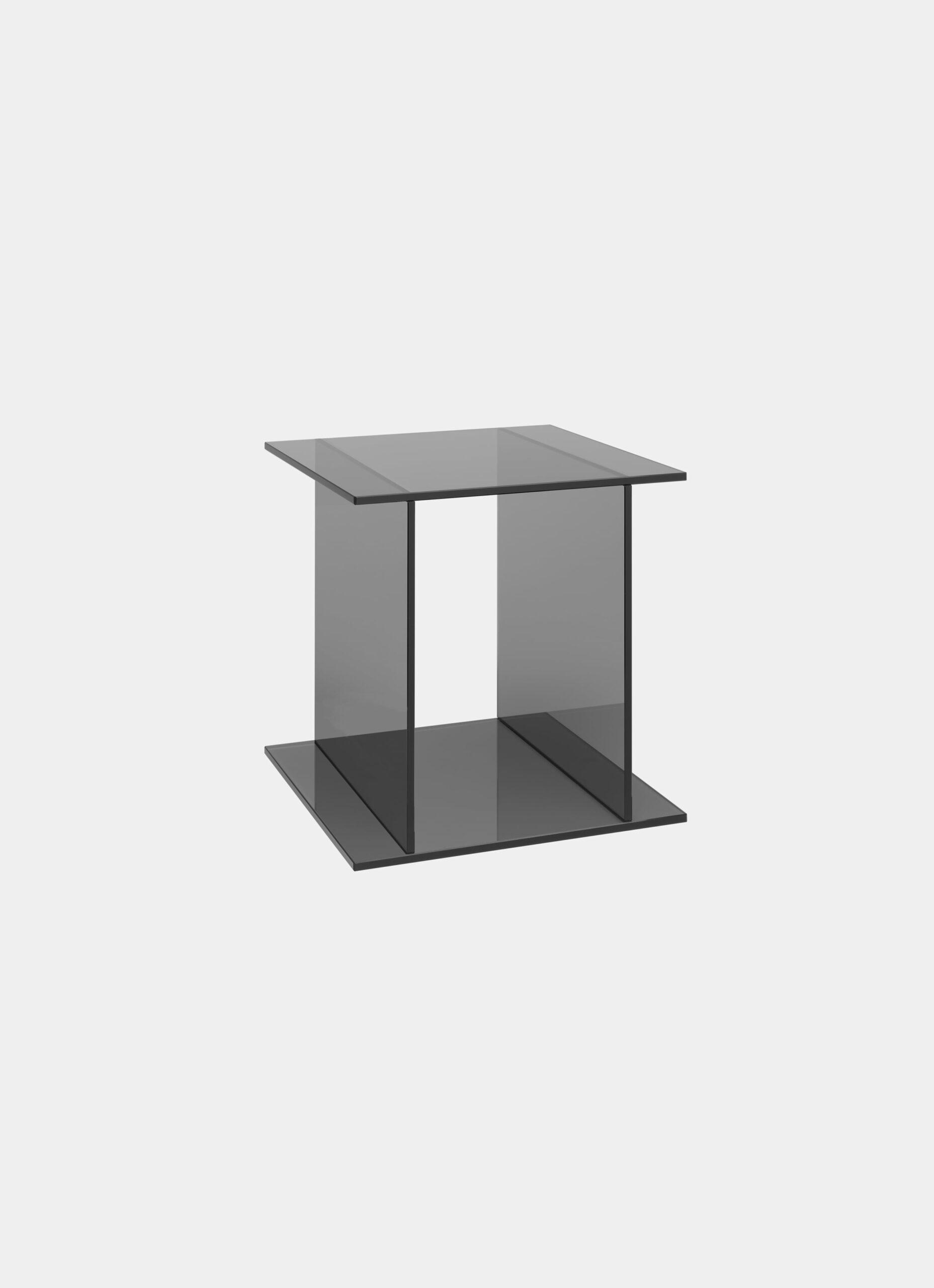 e15 - Philipp Mainzer - Drei - Glass side table