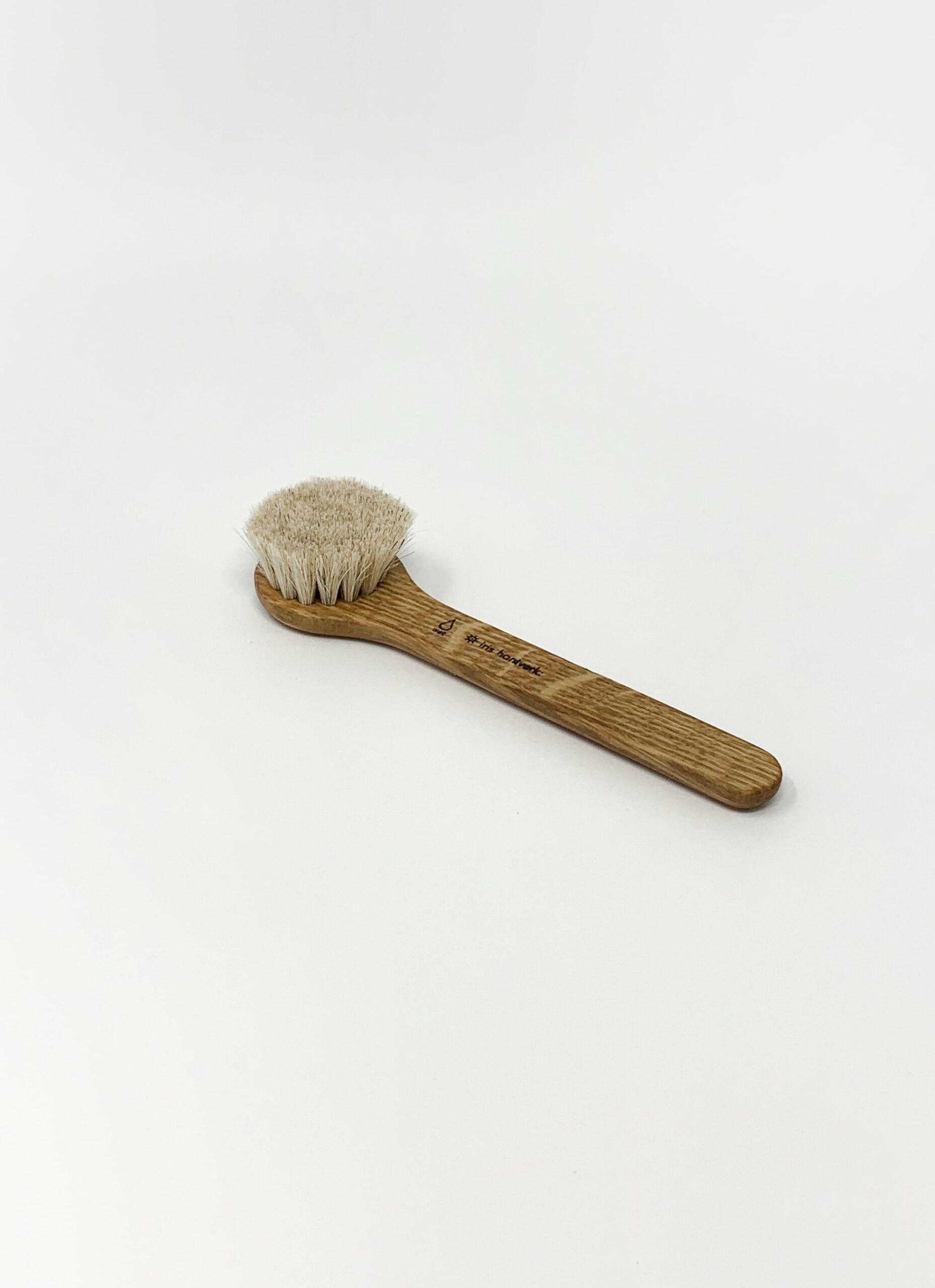Iris Hantverk - Face brush for wet use - Horse Hair