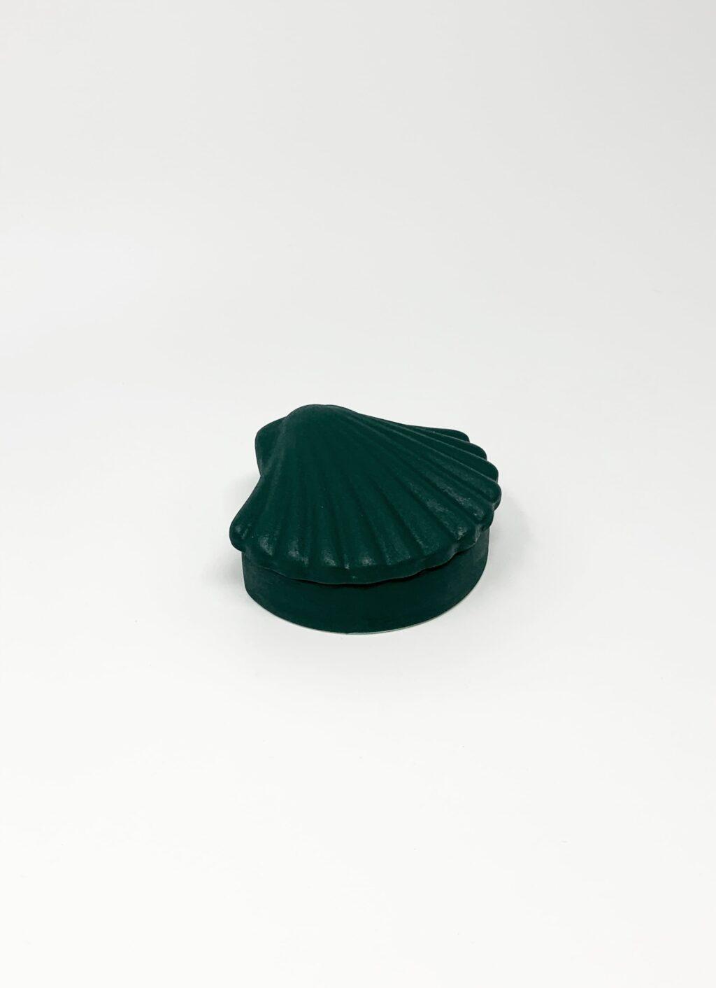 Los Objetos Decorativos - Seashell Box - Dark Green