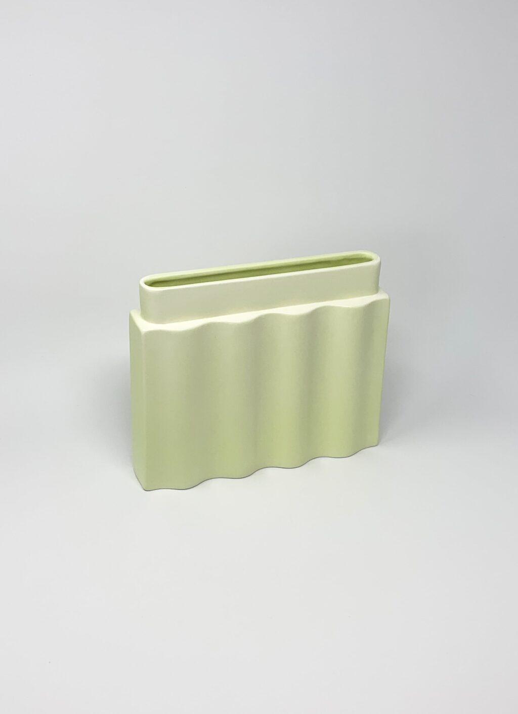 Los Objetos Decorativos - Waves Vase - Lime