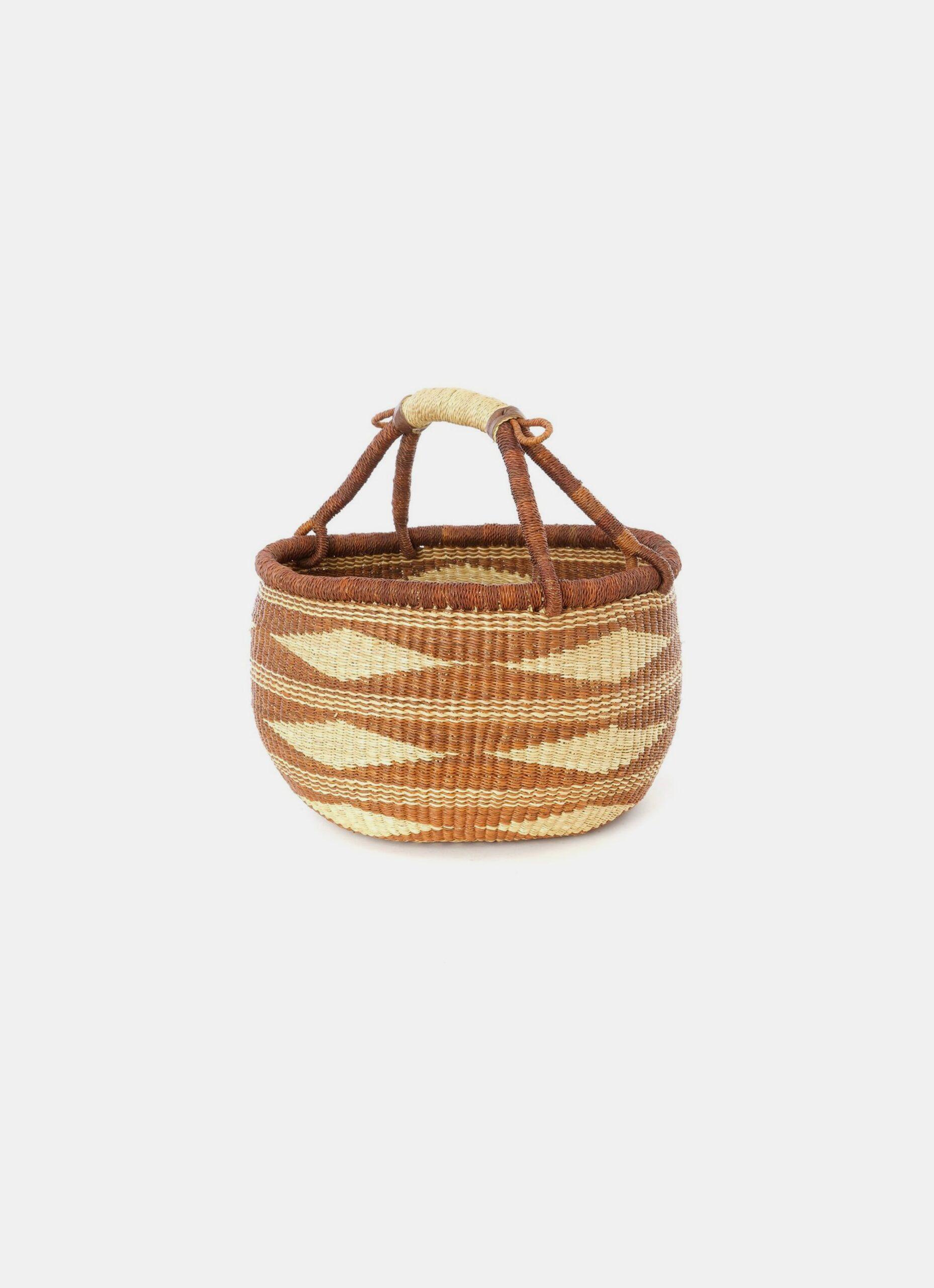 Handwoven African Basket - Bolga - Diamond weaving - Natural and Caramel